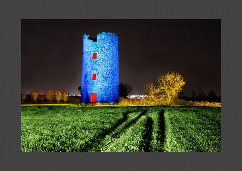 Bressuire, l' ancien moulin à vent de Clazay.